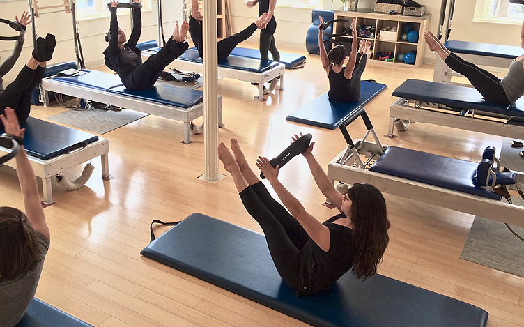 community-mat-class-rhinebeck-pilates